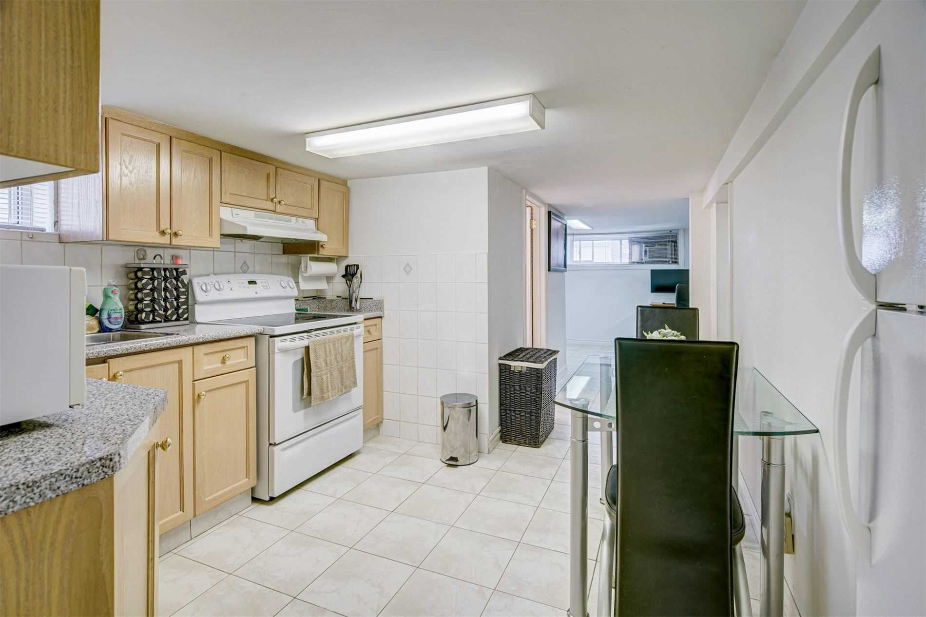 554 Caledonia Rd - Caledonia-Fairbank Detached for sale, 2 Bedrooms (W5305900) - #22
