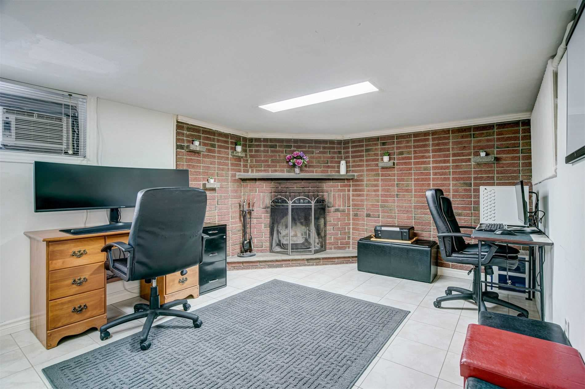 554 Caledonia Rd - Caledonia-Fairbank Detached for sale, 2 Bedrooms (W5305900) - #25