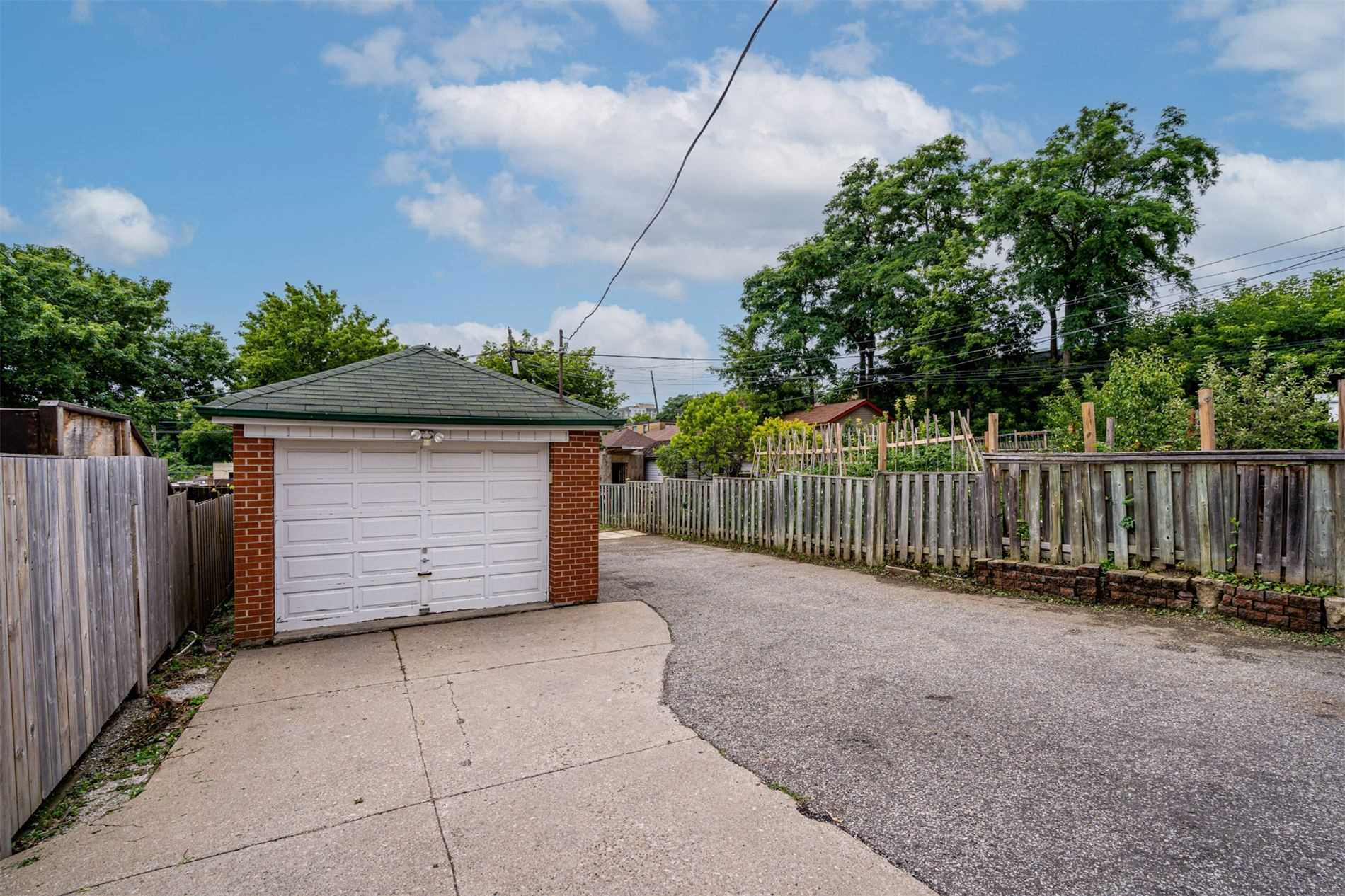 554 Caledonia Rd - Caledonia-Fairbank Detached for sale, 2 Bedrooms (W5305900) - #30