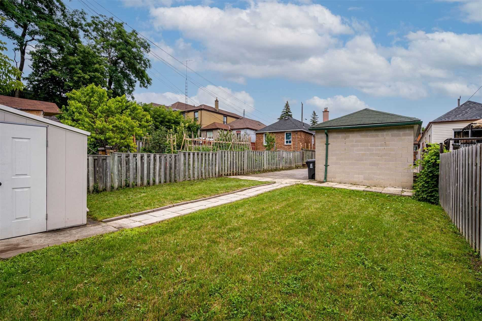 554 Caledonia Rd - Caledonia-Fairbank Detached for sale, 2 Bedrooms (W5305900) - #34