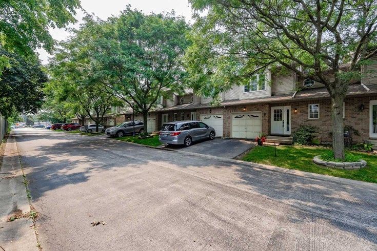9 - 1335 Guelph Line - Palmer Condo Townhouse for sale, 2 Bedrooms (W5317192)