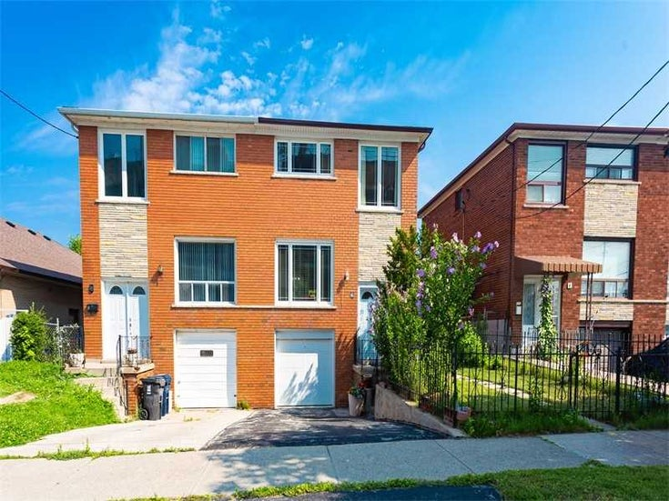 6 Maryport Ave - Downsview-Roding-CFB Semi-Detached for sale, 3 Bedrooms (W5318630)