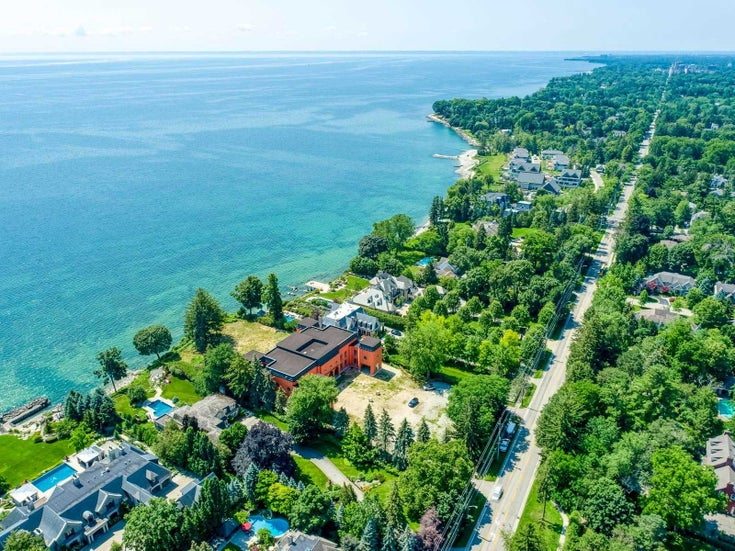 2088 Lakeshore Rd E Rd - Eastlake Detached for sale, 6 Bedrooms (W5318684)
