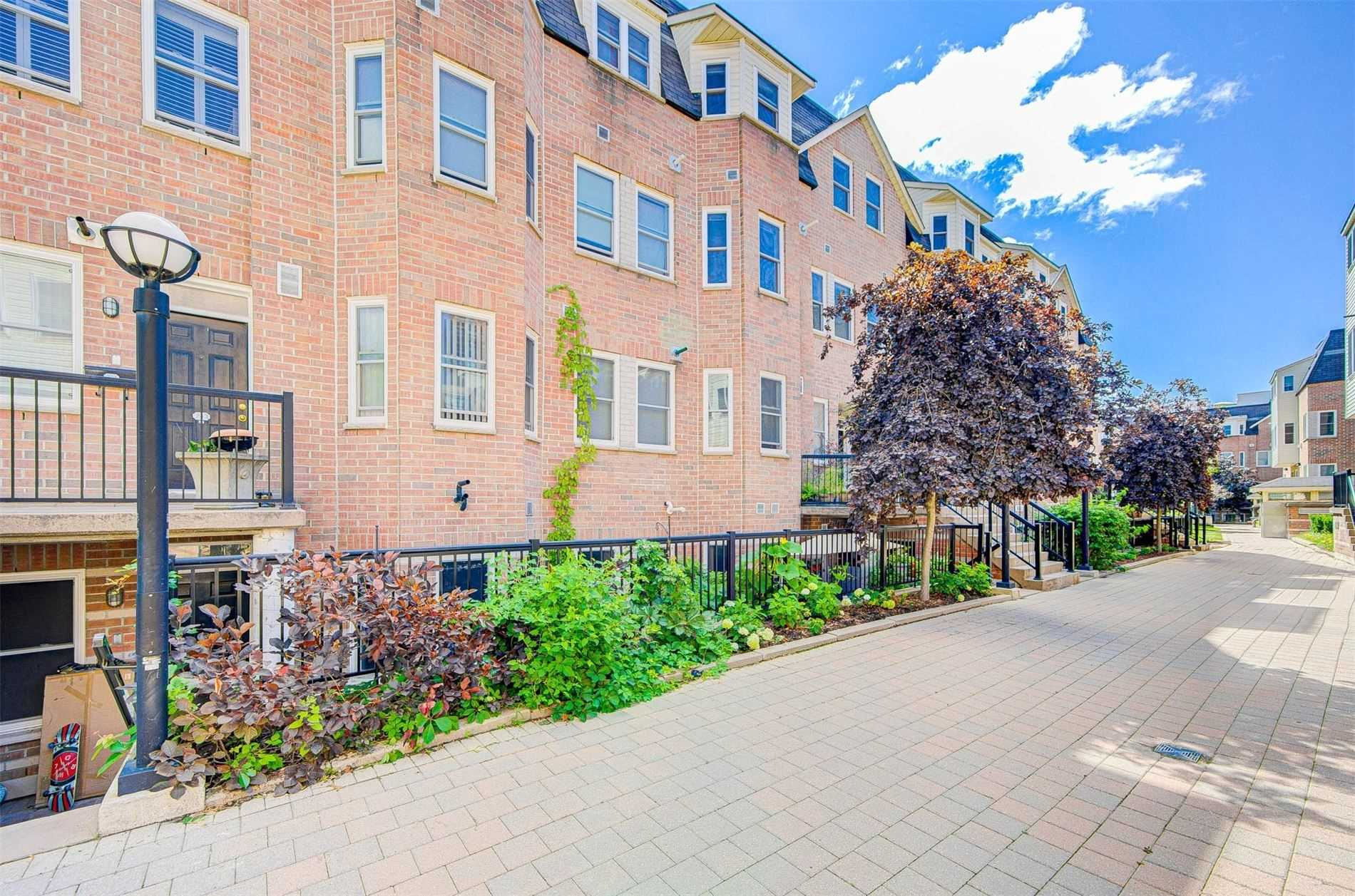 239 - 760 Lawrence Ave W - Yorkdale-Glen Park Condo Townhouse for sale, 2 Bedrooms (W5325027) - #1