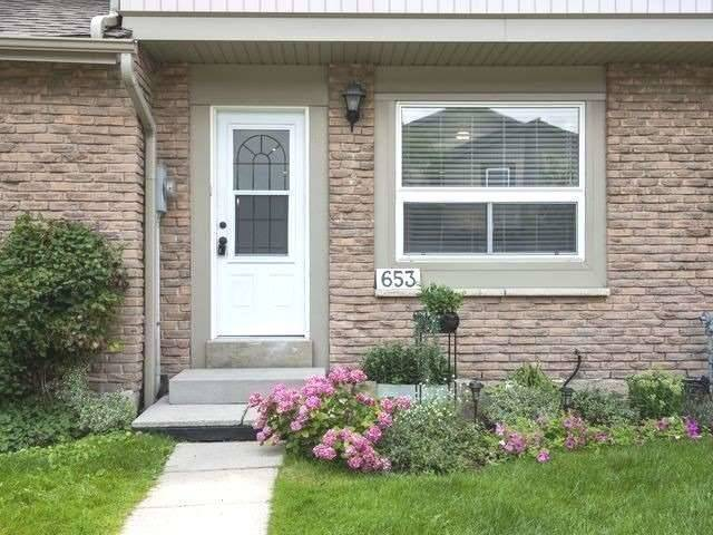 653 Woodward Ave - Dorset Park Condo Townhouse for sale, 3 Bedrooms (W5325183)
