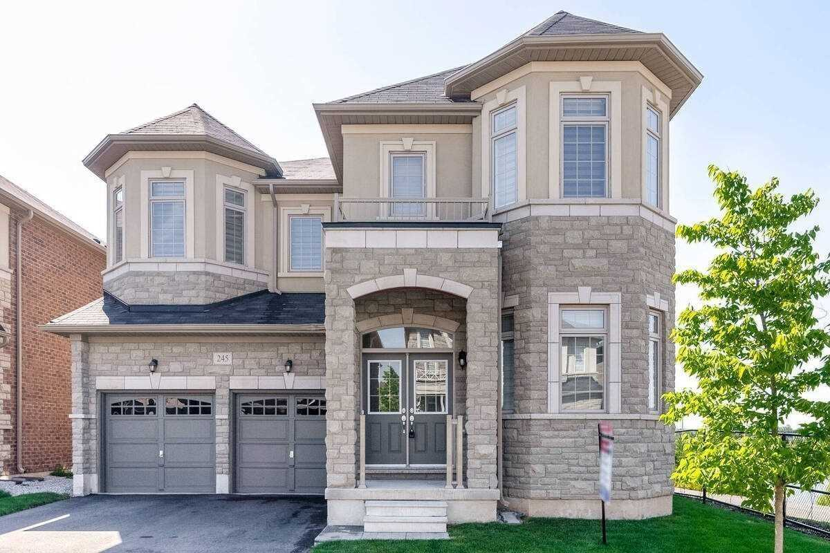 245 Belmore Crt - Ford Detached for sale, 5 Bedrooms (W5326670)