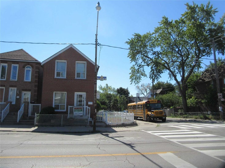 193 Hallam St - Dovercourt-Wallace Emerson-Junction Detached for sale, 3 Bedrooms (W5358277)