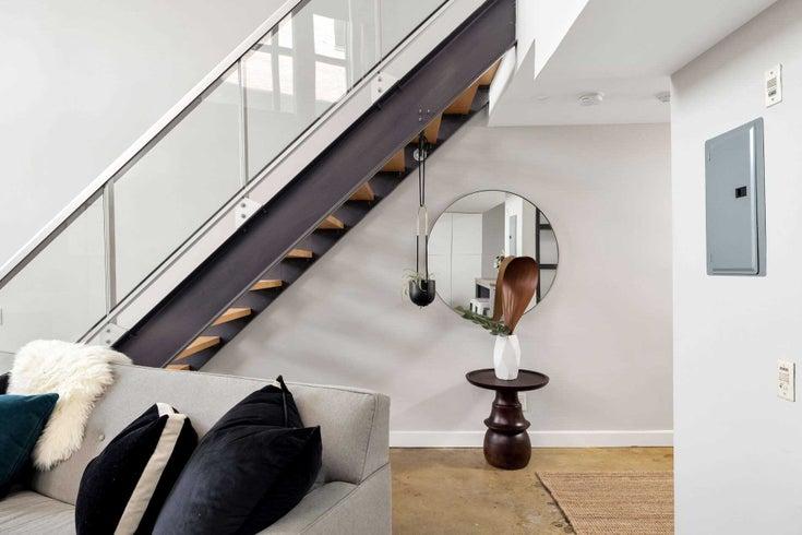 101 - 369 Sorauren Ave - Roncesvalles Condo Apt for sale, 1 Bedroom (W5368766)