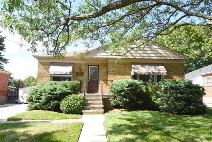 2297 Courtland Dr - Brant Detached for sale, 3 Bedrooms (W5369432)