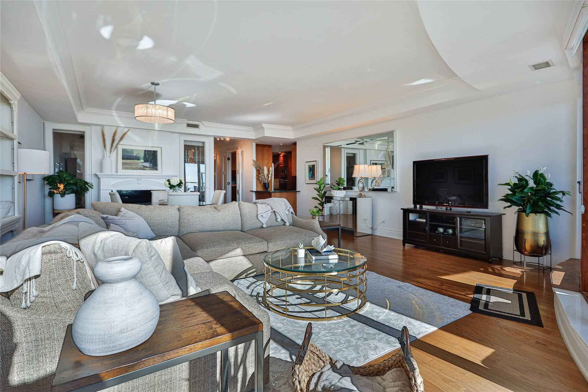 317 - 2095 Lake Shore Blvd W - Mimico Condo Apt for sale, 2 Bedrooms (W5369727) - #1