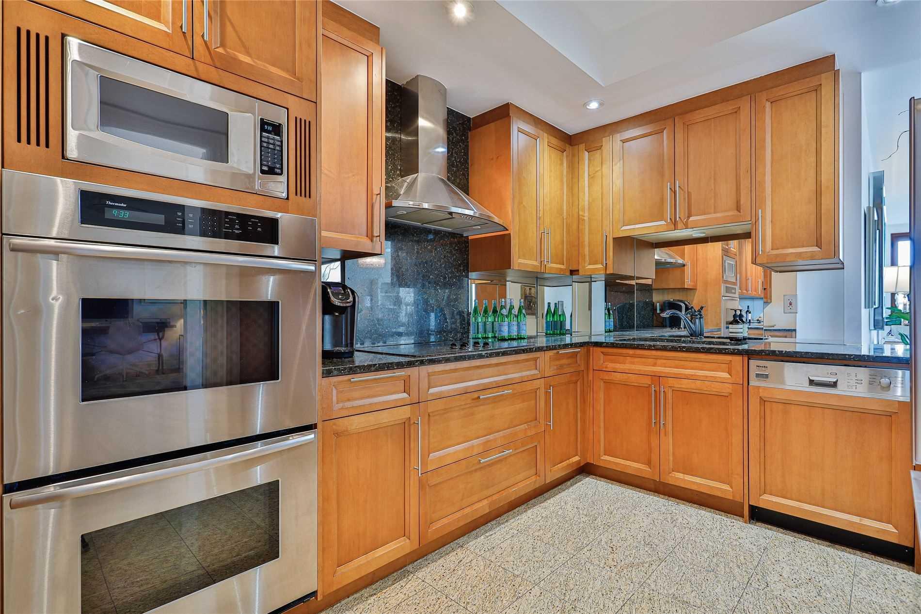 317 - 2095 Lake Shore Blvd W - Mimico Condo Apt for sale, 2 Bedrooms (W5369727) - #13