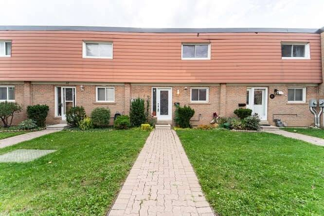 56 - 33 Tealham Dr - West Humber-Clairville Condo Townhouse for sale, 3 Bedrooms (W5373051)