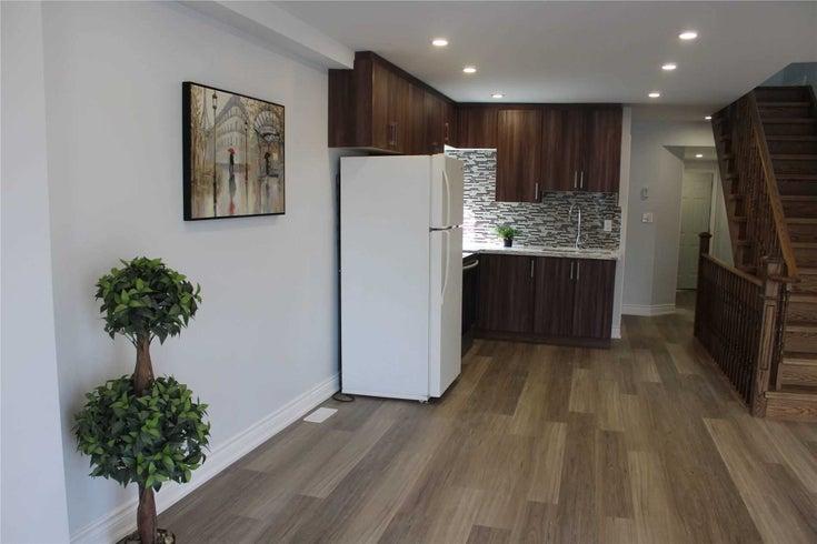 808 Runnymede Rd - Rockcliffe-Smythe Semi-Detached for sale, 2 Bedrooms (W5373449)