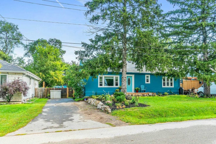 1025 Plains View Ave - LaSalle Detached for sale, 3 Bedrooms (W5373724)