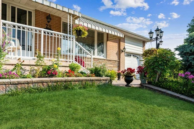 28 Paragon Rd - Kingsview Village-The Westway Detached for sale, 3 Bedrooms (W5374605)