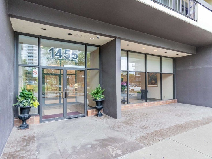 1807 - 1455 Lawrence Ave - Brookhaven-Amesbury Condo Apt for sale, 2 Bedrooms (W5374918)