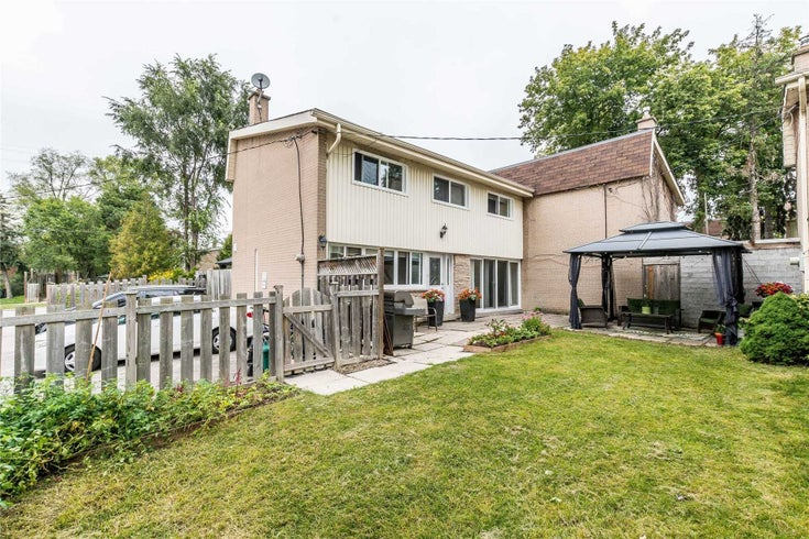 4 - 23 Brookwell Dr - York University Heights Condo Townhouse for sale, 3 Bedrooms (W5377240)