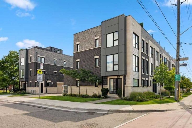429 Royal York Rd - Mimico Att/Row/Twnhouse for sale, 3 Bedrooms (W5378021)