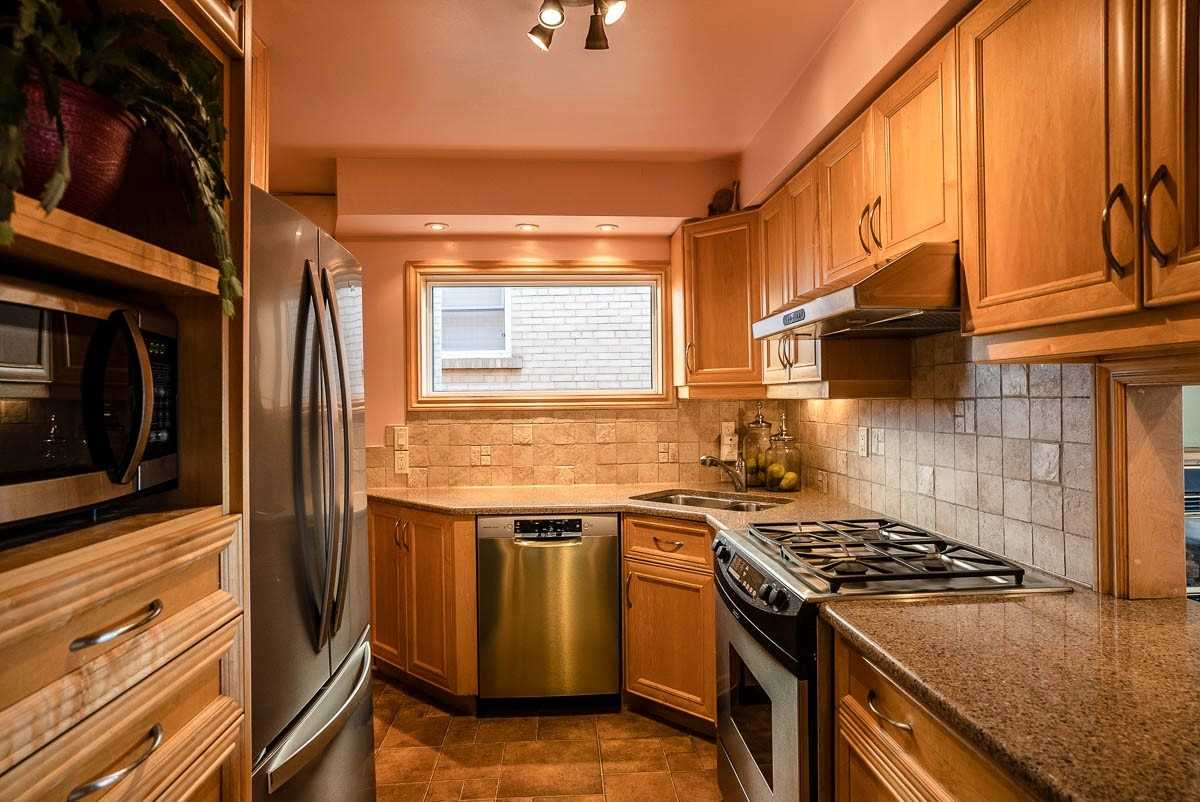 401 Lake Prom - Long Branch Detached for sale, 3 Bedrooms (W5394976) - #7