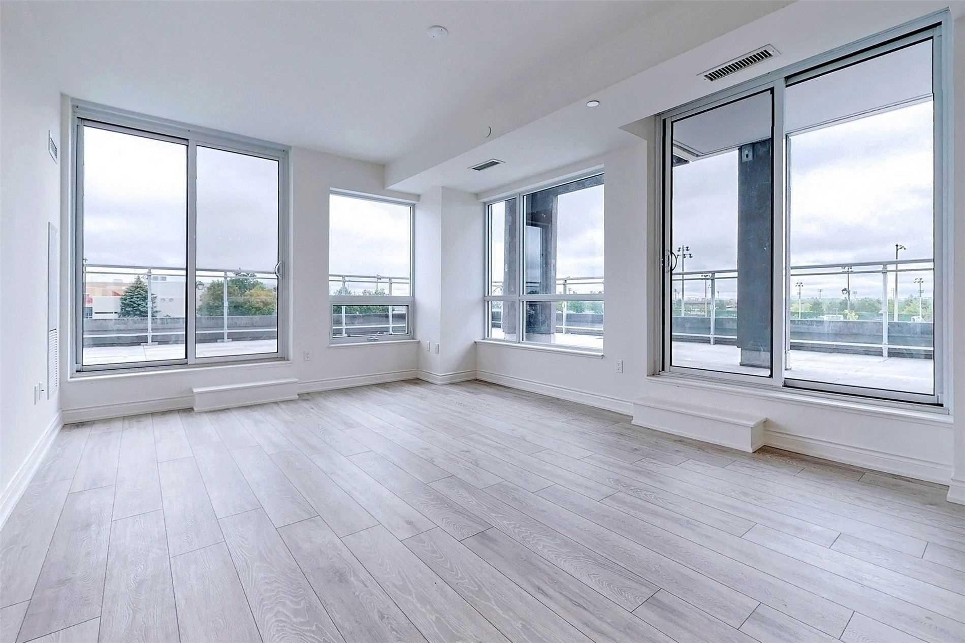 221 - 1050 Main St E - Dempsey Condo Apt for sale, 3 Bedrooms (W5398557) - #10