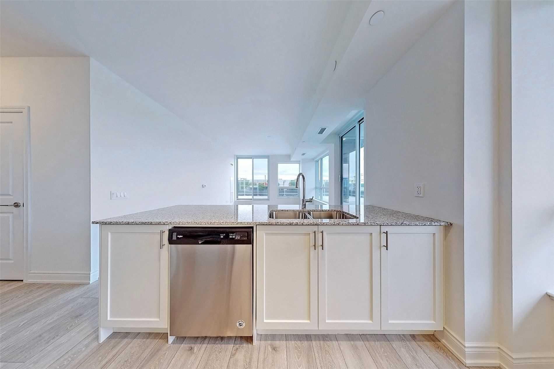 221 - 1050 Main St E - Dempsey Condo Apt for sale, 3 Bedrooms (W5398557) - #18