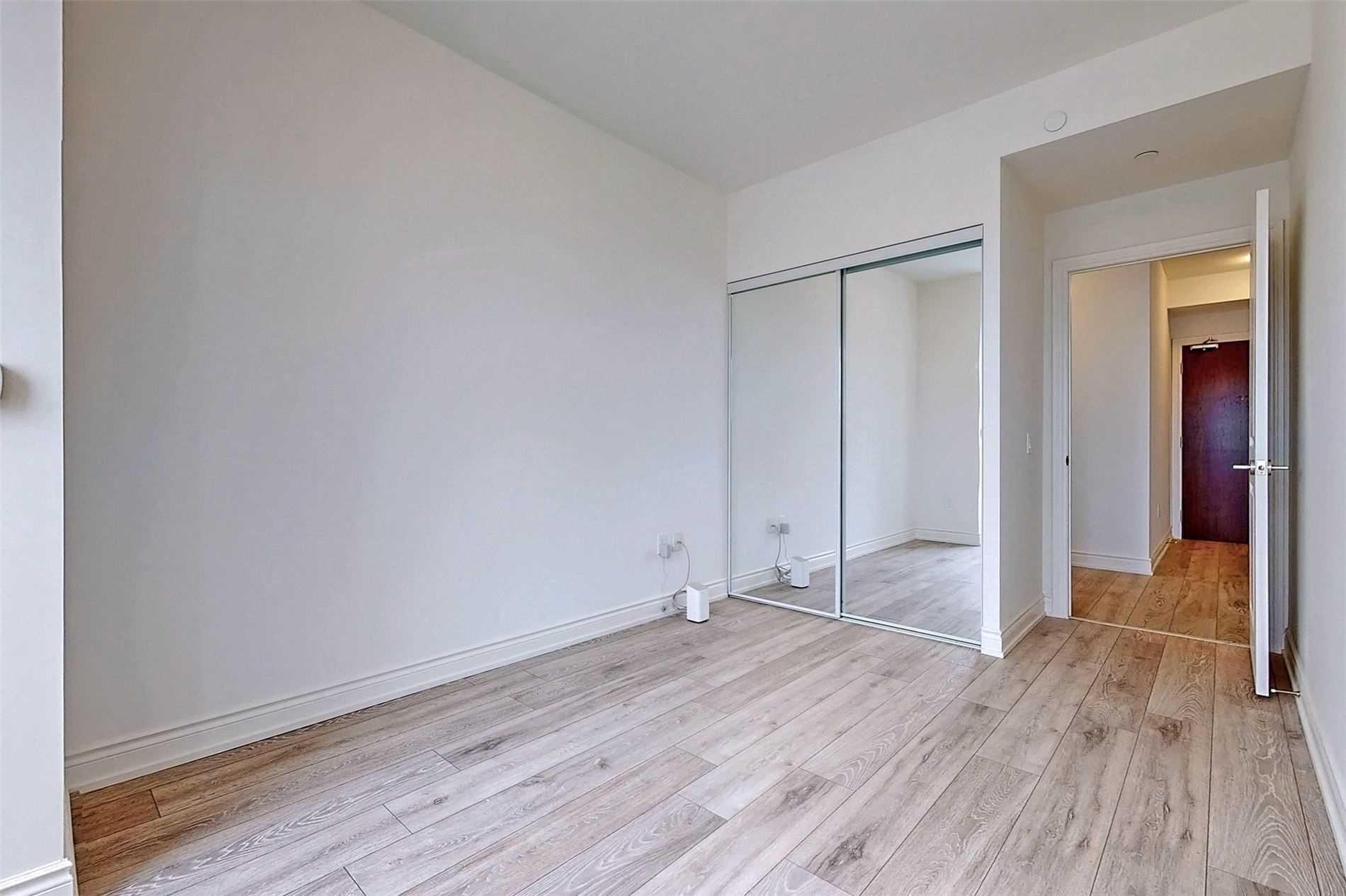 221 - 1050 Main St E - Dempsey Condo Apt for sale, 3 Bedrooms (W5398557) - #26