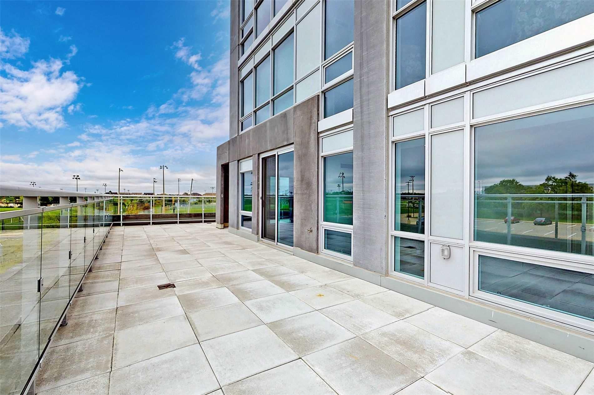 221 - 1050 Main St E - Dempsey Condo Apt for sale, 3 Bedrooms (W5398557) - #36