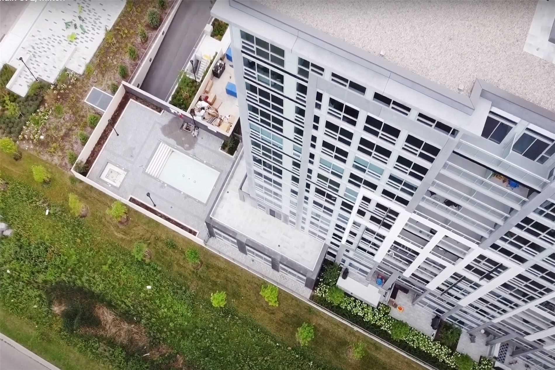 221 - 1050 Main St E - Dempsey Condo Apt for sale, 3 Bedrooms (W5398557) - #4