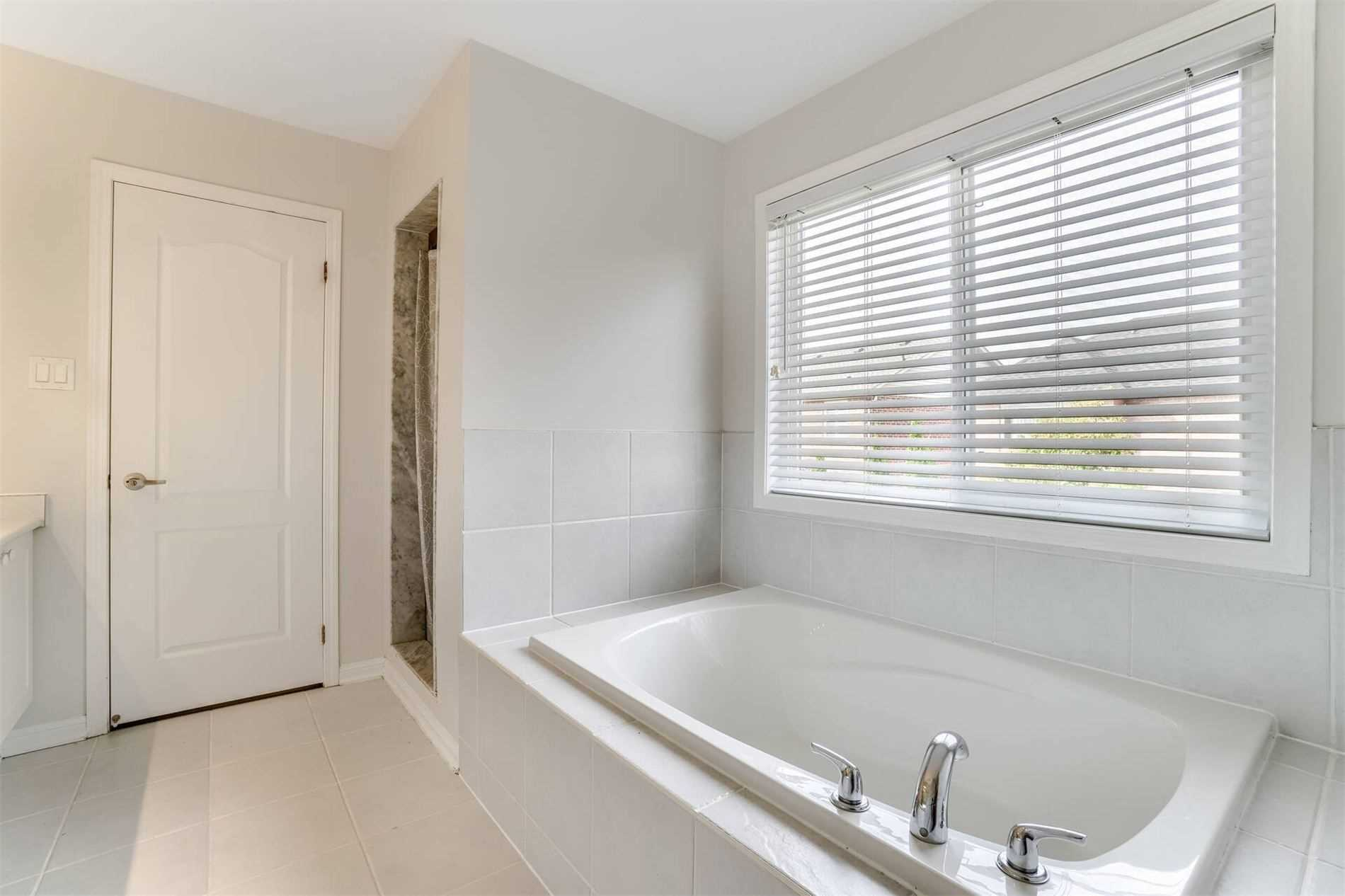 909 Hepburn Rd - Coates Detached for sale, 4 Bedrooms (W5398610) - #23