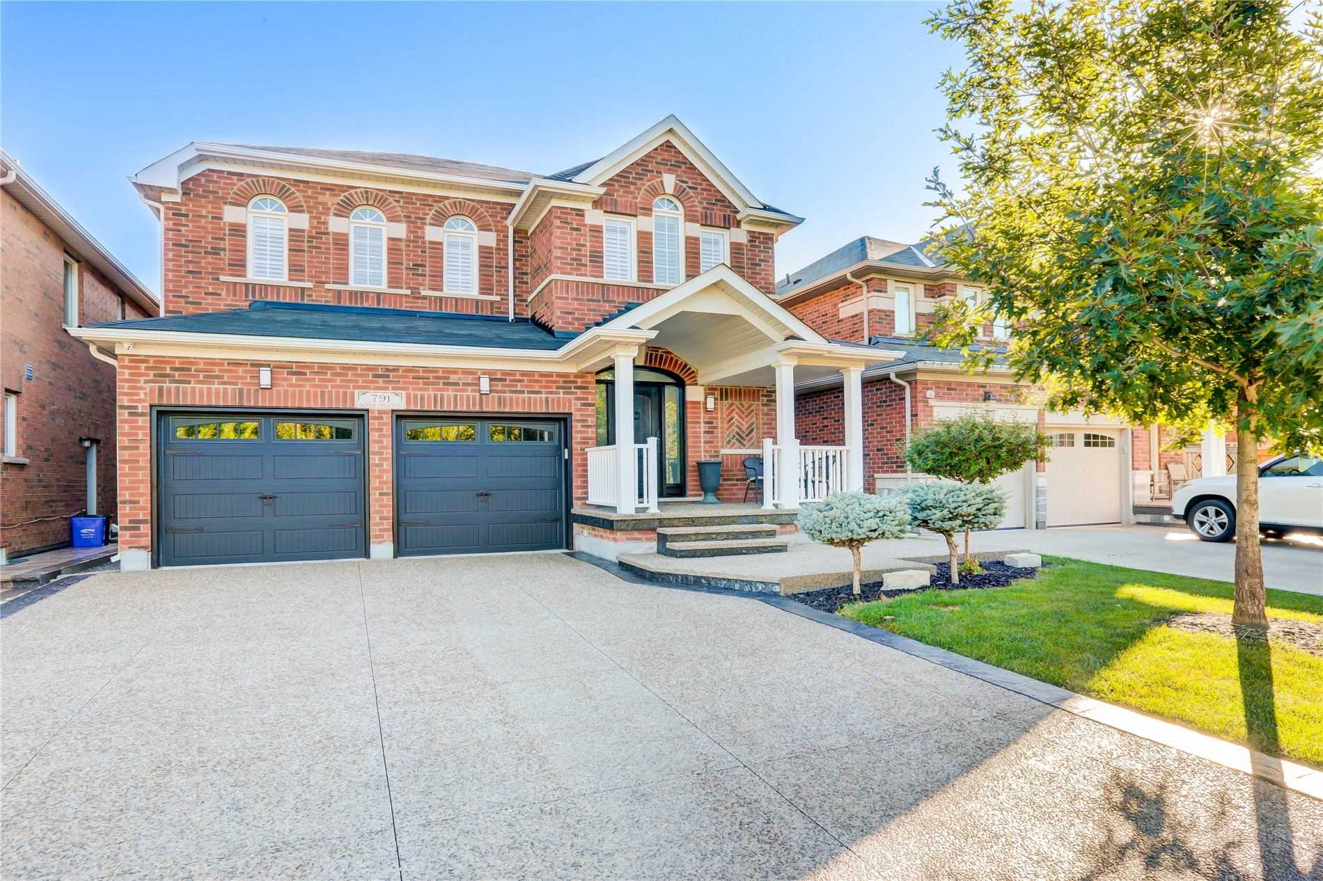 791 Agnew Cres - Beaty Detached for sale, 4 Bedrooms (W5398802) - #1