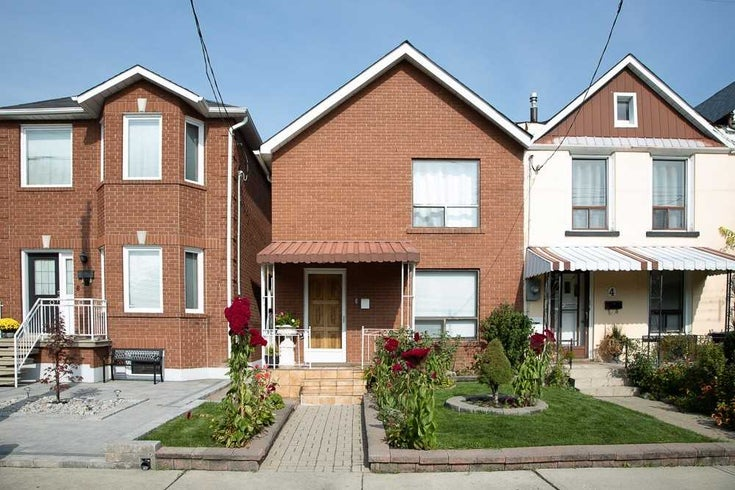 6 Chandos Ave - Dovercourt-Wallace Emerson-Junction Semi-Detached for sale, 4 Bedrooms (W5398839)