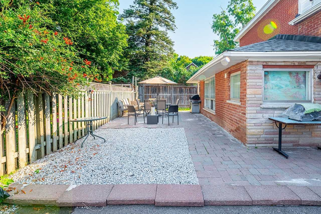 75 Commercial St - Old Milton Detached for sale, 5 Bedrooms (W5399761) - #2