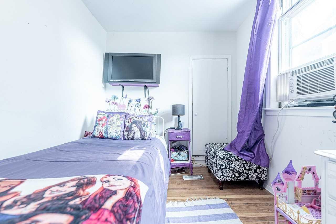 75 Commercial St - Old Milton Duplex for sale, 5 Bedrooms (W5399766) - #16