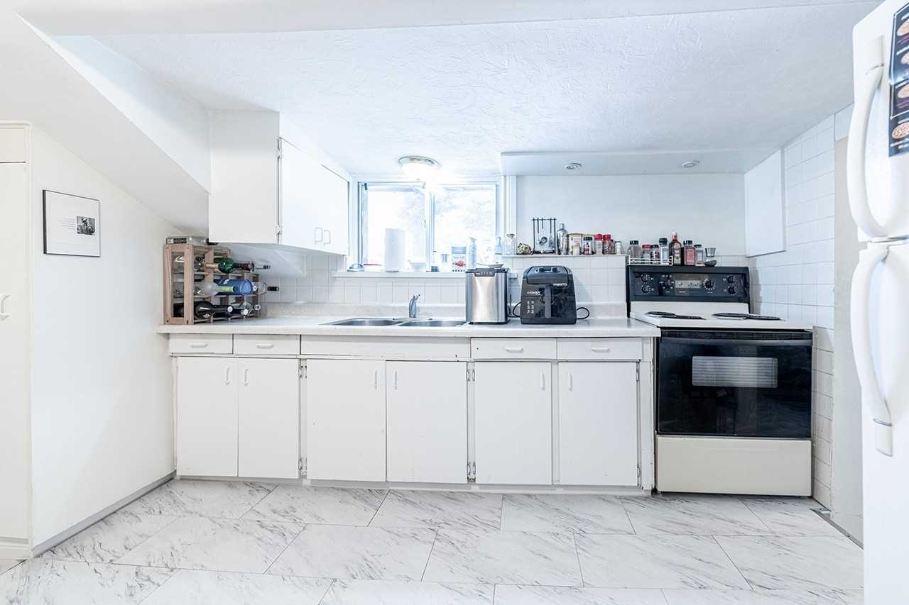 75 Commercial St - Old Milton Duplex for sale, 5 Bedrooms (W5399766) - #34