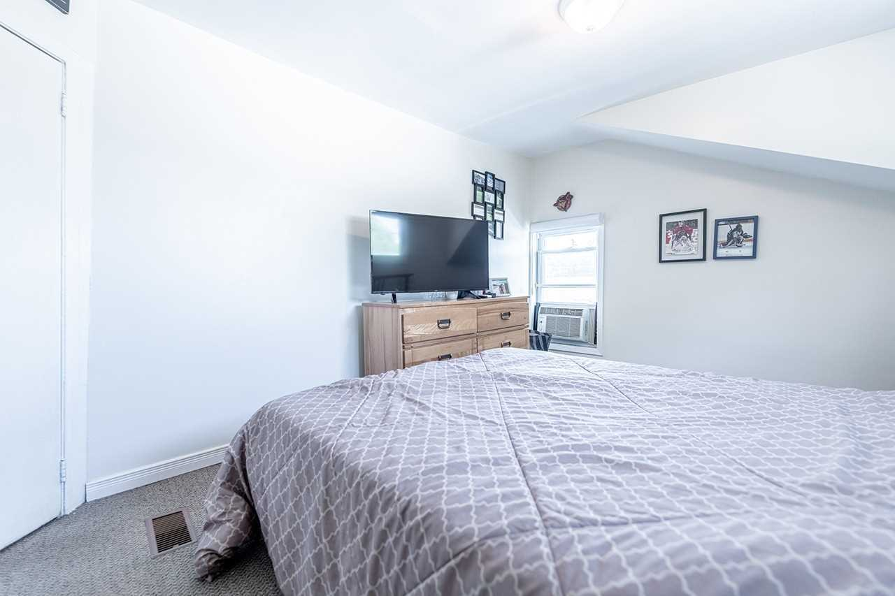 75 Commercial St - Old Milton Duplex for sale, 5 Bedrooms (W5399766) - #39