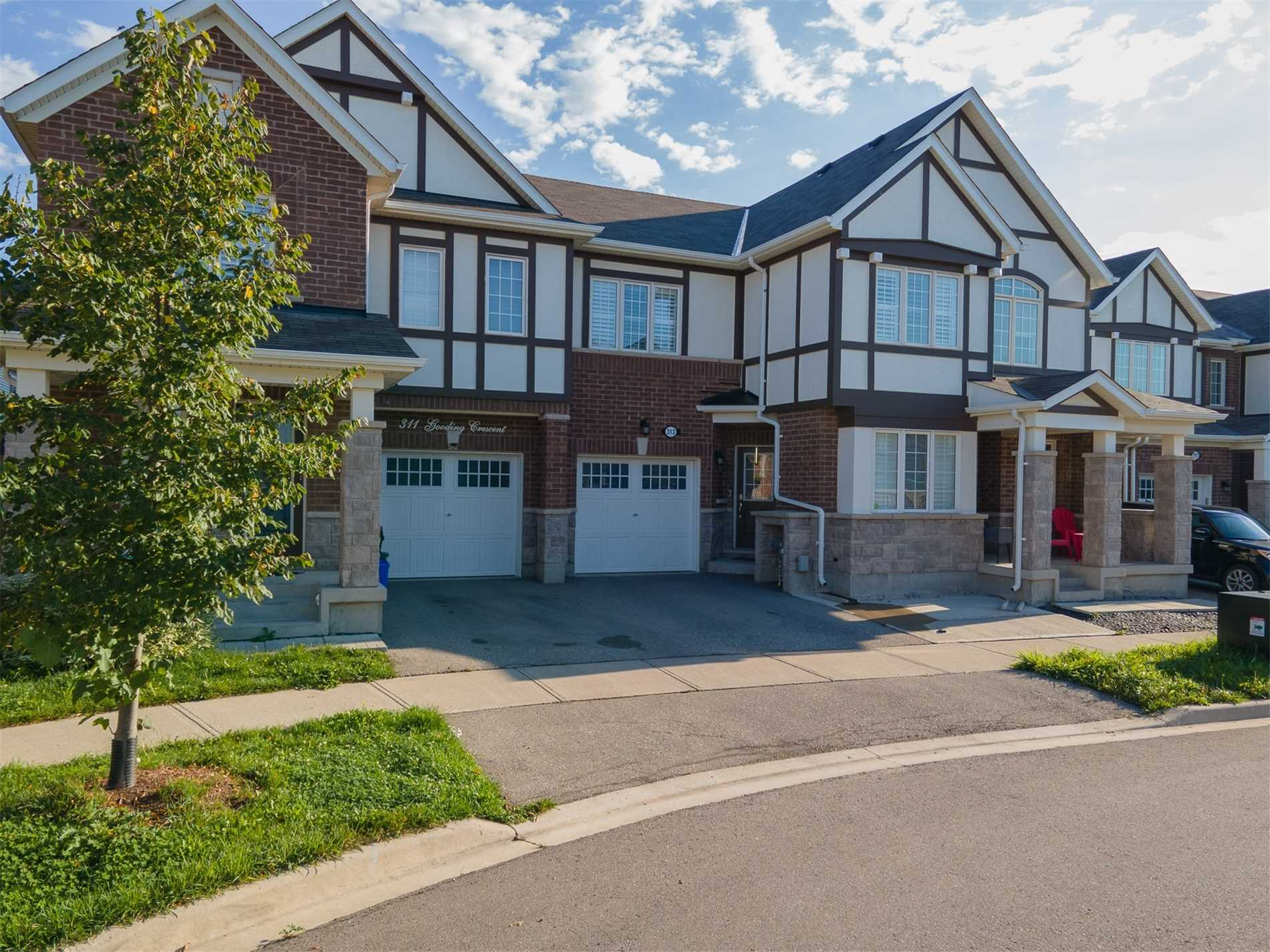 313 Gooding Cres - Ford Att/Row/Twnhouse for sale, 4 Bedrooms (W5401006) - #2