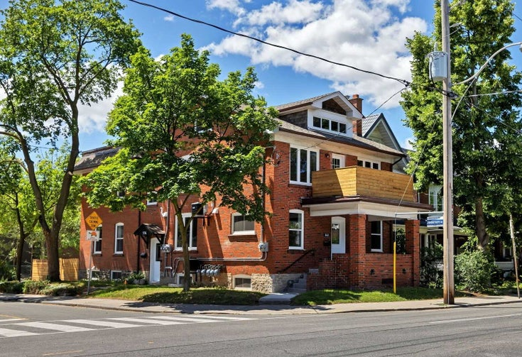 665 Annette St - Runnymede-Bloor West Village Multiplex for sale, 6 Bedrooms (W5402719)