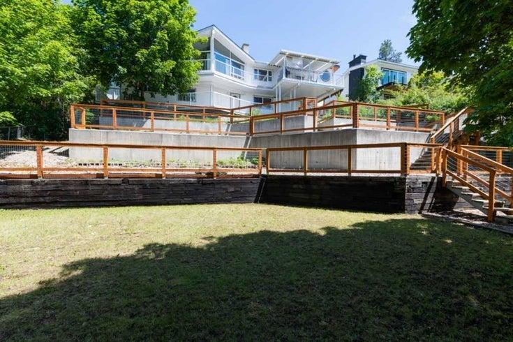 325 22 Ave N - Detached for sale, 1 Bedroom (X5291338)