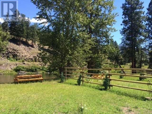 3215 HIGHWAY 3 - Rock Creek  for sale, 4 Bedrooms (X4570126) - #14