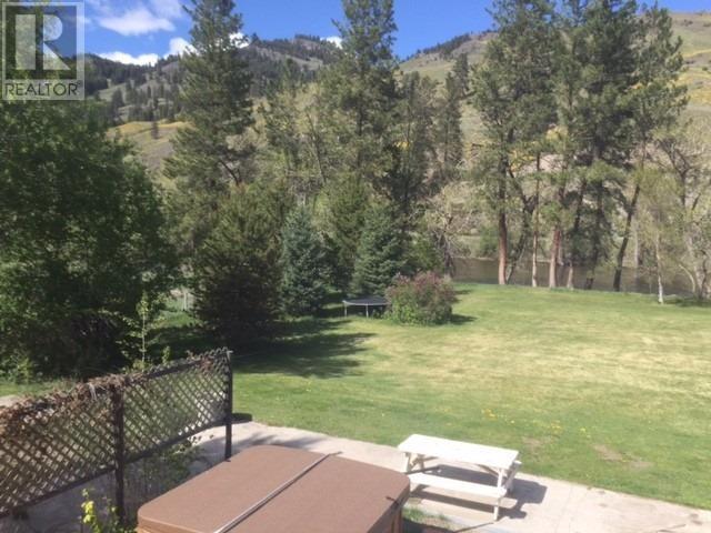 3215 HIGHWAY 3 - Rock Creek  for sale, 4 Bedrooms (X4570126) - #18
