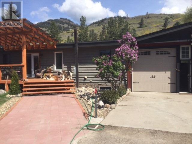 3215 HIGHWAY 3 - Rock Creek  for sale, 4 Bedrooms (X4570126) - #19