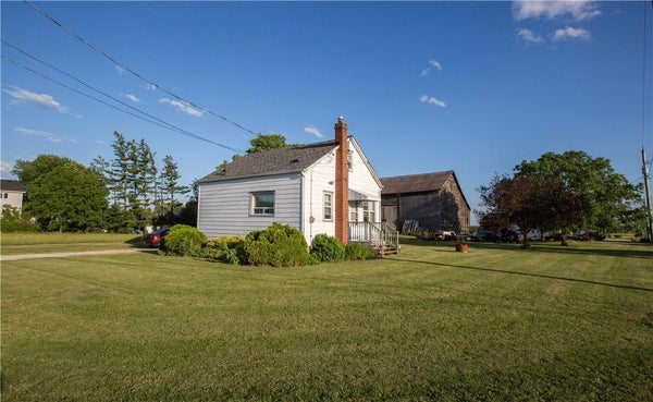 705 RIDGE Road W - Grimsby House for sale, 2 Bedrooms (H4063239)