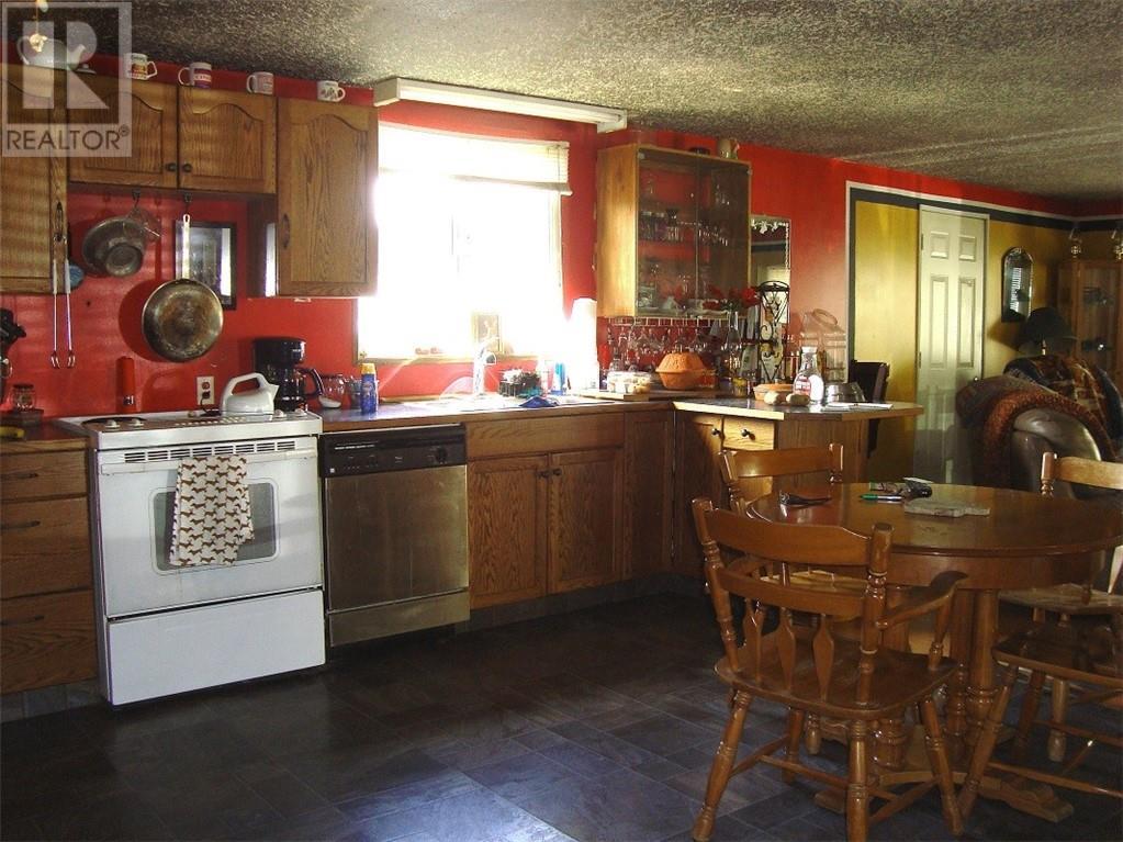 8106 23 Avenue - Coleman Modular for sale, 2 Bedrooms (ld0179852) - #2