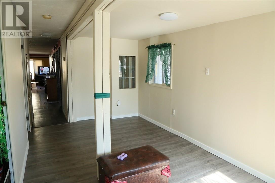 8106 23 Avenue - Coleman Modular for sale, 2 Bedrooms (ld0179852) - #5