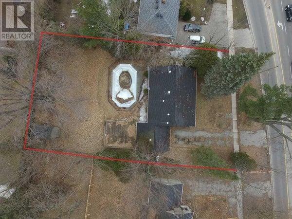 1011 REBECCA ST - Oakville House for sale, 5 Bedrooms (W4616966)