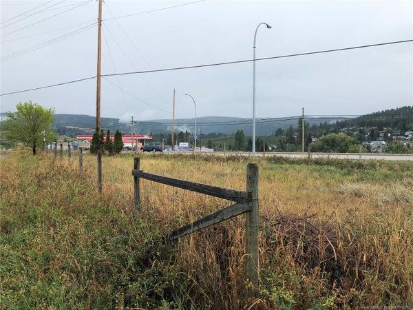 1725 Highway 33 Road, - Kelowna House for sale, 1 Bedroom (10196762)
