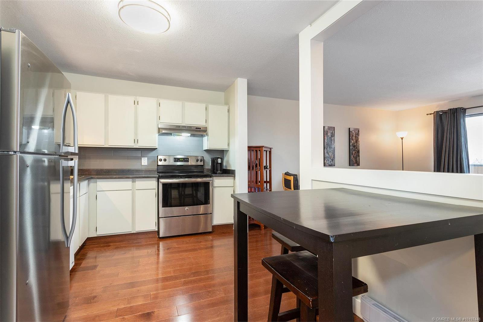 #213 1640 Ufton Court, - Kelowna Apartment for sale, 1 Bedroom (10197448)