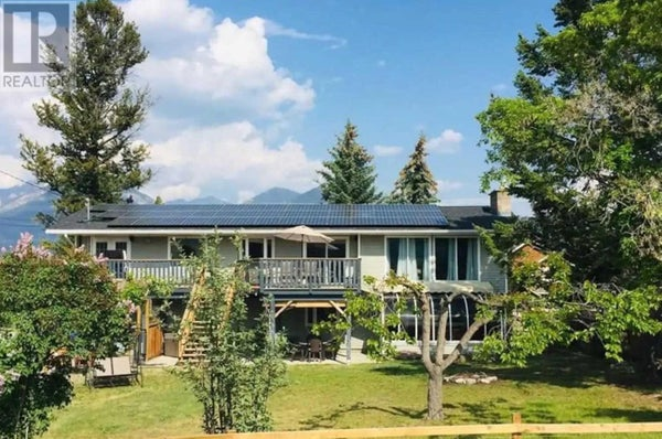 702 13TH AVE - Invermere House for sale, 6 Bedrooms (X4667641)
