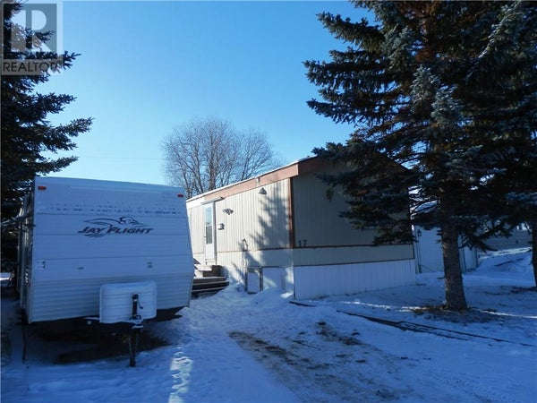 17 4802 54 Avenue - Camrose Mobile Home for sale, 3 Bedrooms (ca0188204)