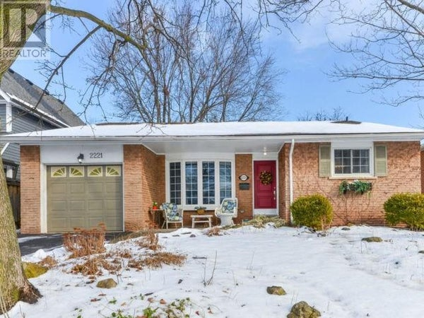 2221 WYANDOTTE Drive - Oakville House for sale, 4 Bedrooms (30789919)